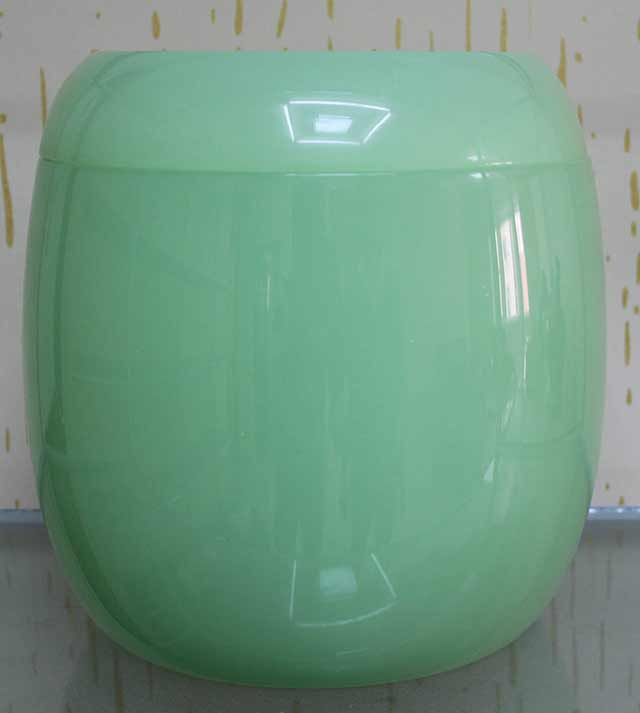 Bright Green Color Simple Design Jade Urn